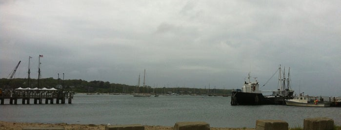 Vineyard Haven, MA is one of Posti che sono piaciuti a Danyel.