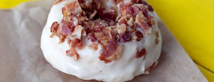fōnuts is one of Best Donut Spots in the US.