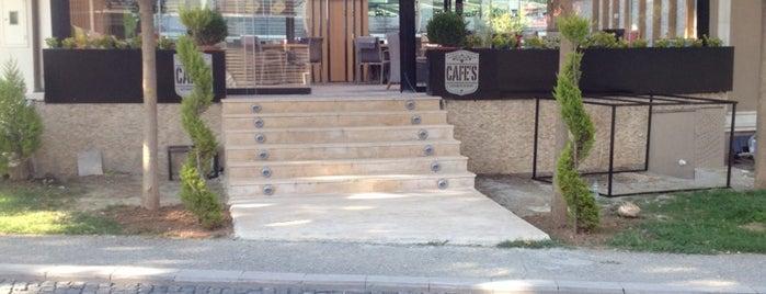 Cafe's is one of Locais curtidos por Fenerbahçem.