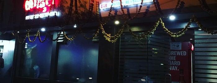 Ujwal Bar & Restaurant is one of Lugares guardados de Avinash.