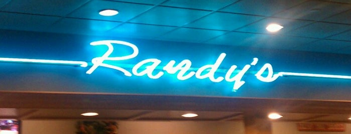 Randy's Restaurant & Ice Cream is one of Lieux qui ont plu à Andy.