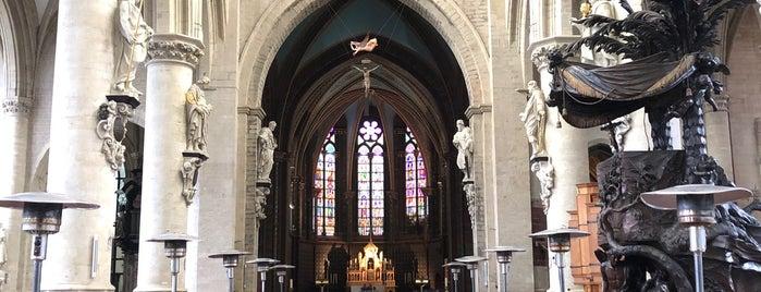 Église Notre-Dame de la Chapelle / Onze Lieve Vrouw Ter Kapellekerk is one of Bruselas.