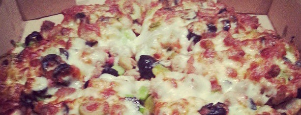 Jordano's Pizza & More is one of Davidさんのお気に入りスポット.