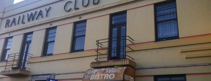 Railway Club Hotel is one of สถานที่ที่ Barry ถูกใจ.