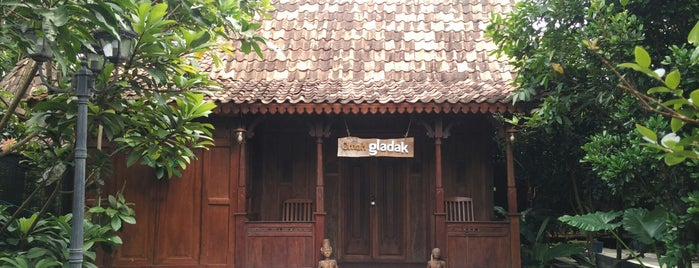 Omah Kecebong Guest House is one of Orte, die Ammyta gefallen.