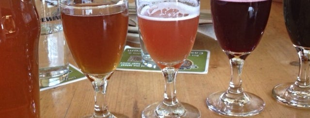 Cascade Brewing Barrel House is one of Portlandeau.