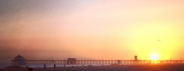 HB Lifeguard Tower 11 is one of Daniel 님이 좋아한 장소.