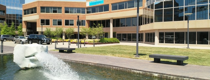 Canal Center Plaza is one of Terri's Liked Places.