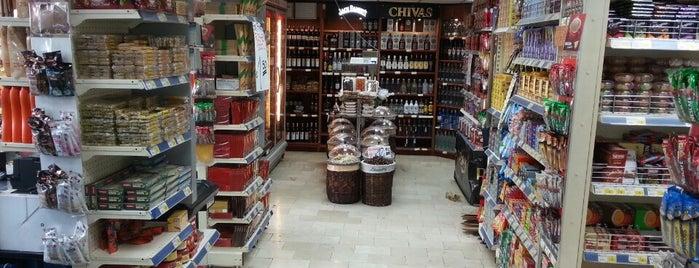 Ofis Market is one of สถานที่ที่ Burak ถูกใจ.