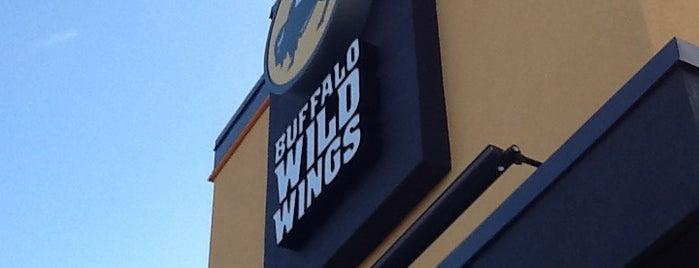 Buffalo Wild Wings is one of Jackie 님이 좋아한 장소.