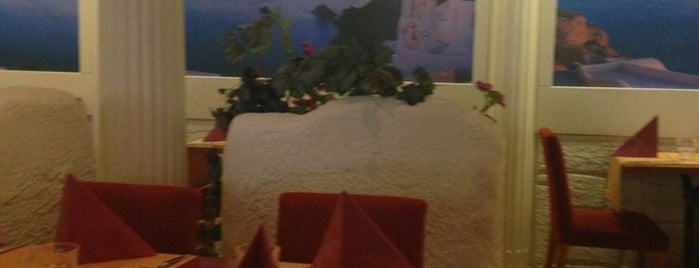 Restaurant Santorini is one of Minna's Liked Places.