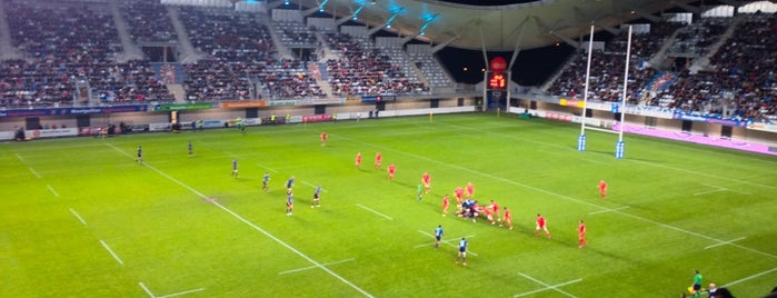 Stade Yves-du-Manoir is one of brt.