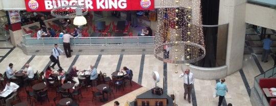 Burger King is one of Duygum'la gittiğim yerler.