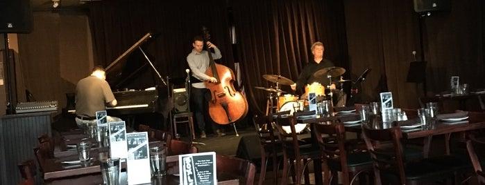 Boxley's Jazz Club is one of Orte, die Katy gefallen.
