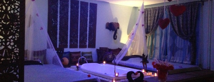 Thai Way Deluxe Tropical Spa is one of По стопам.