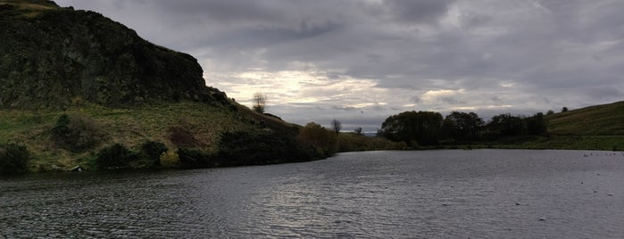 Duddingston Loch is one of Lieux sauvegardés par Fahad.