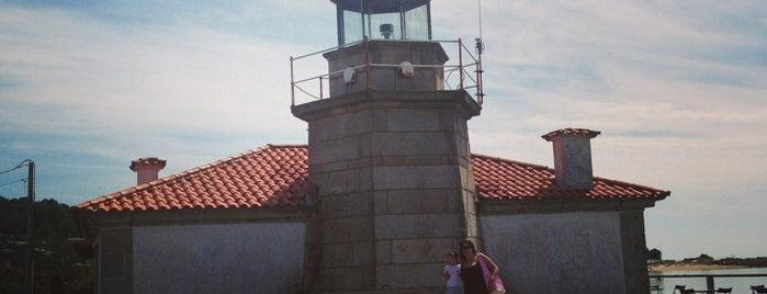 Faro da Illa de Arousa is one of Faros.