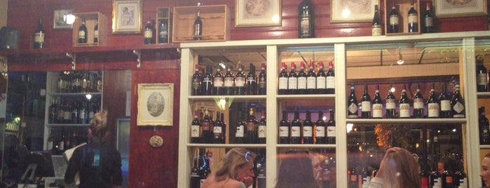 Bellaria Restaurant & Wine Bar is one of Posti salvati di Jana.