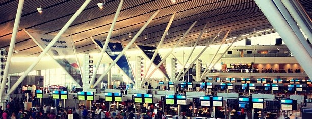 Cape Town International Airport (CPT) is one of Places - Airports.