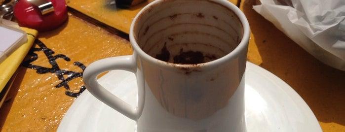 Deal Coffee Ekspress is one of Ecem 님이 좋아한 장소.
