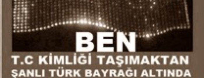 Her Yer Taksim, Her Yer Direniş! #DirenGeziParki is one of Lugares guardados de Nes.