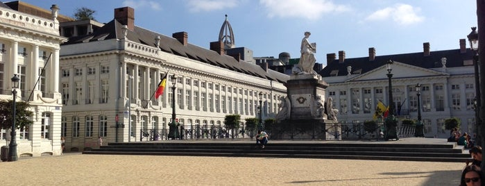 Martelarenplein / Place des Martyrs is one of Brüssel.