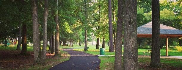 Princess Anne Park is one of Tempat yang Disukai Dawn.