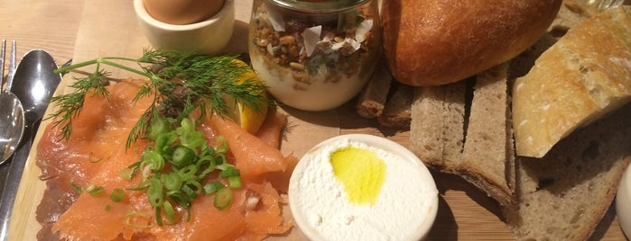 Le Pain Quotidien is one of The English Calling.