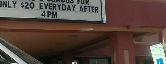 Luby's is one of Tempat yang Disukai Scott.
