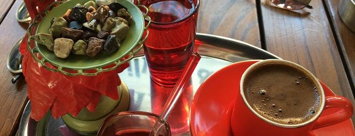 Artemis Silver & Coffee is one of Orte, die Serap gefallen.