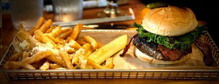 Hops Burger Bar is one of Orte, die Waleed gefallen.