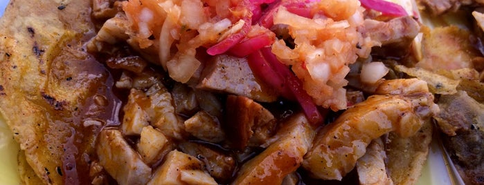 Tacos de Cochinita is one of Benoさんのお気に入りスポット.