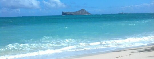 Waimanalo Beach Park is one of Hawaii.