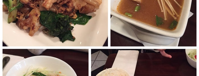 Mint's Thai Kitchen is one of Dさんのお気に入りスポット.