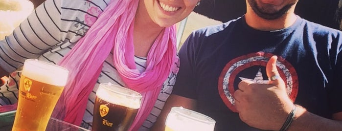 Gram Bier is one of Orte, die Mariana gefallen.