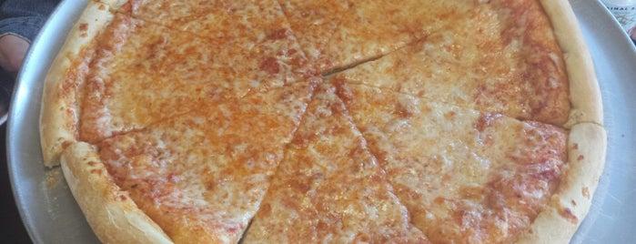 Andys Pizza is one of Royal Star'ın Beğendiği Mekanlar.