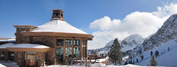 Snowbasin Resort is one of Lieux sauvegardés par Cynthia.