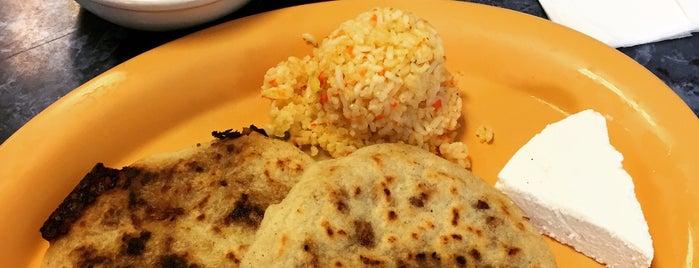 Salvadoreno Restaurant #1 is one of Lugares favoritos de Andy.