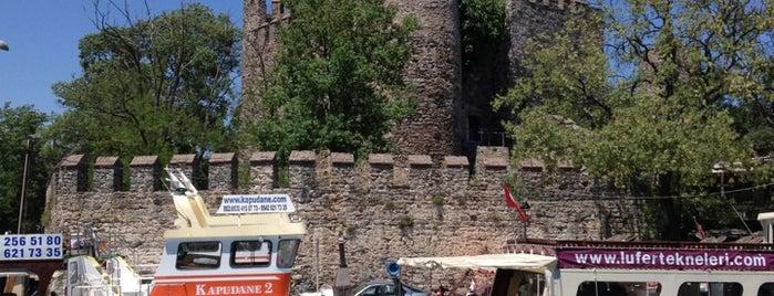 Anadolu Hisarı is one of Türkiye'de Gezilmesi- Görülmesi Gereken Yerler.