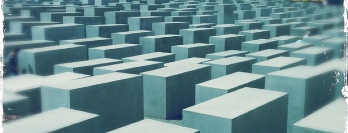Memorial aos Judeus Assassinados da Europa is one of Berlin.