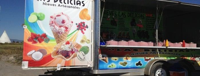 Nieves Las Delicias is one of Orte, die Omar gefallen.
