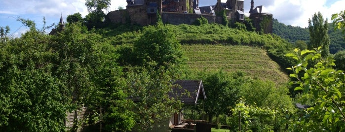 Reichsburg Cochem is one of Lugares favoritos de Rob.