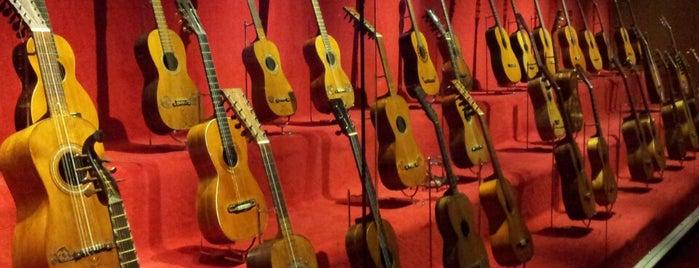 Museu de la Música is one of take my money.