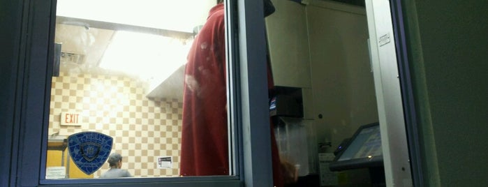 Taco Bell is one of Locais curtidos por Dana.