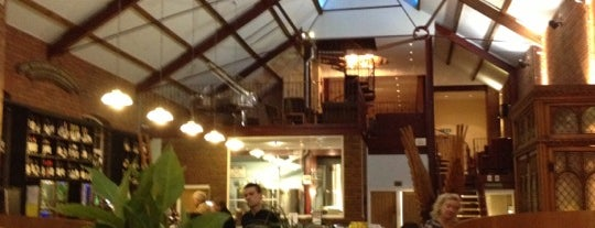Weighbridge Brewhouse is one of Lieux qui ont plu à Danis.