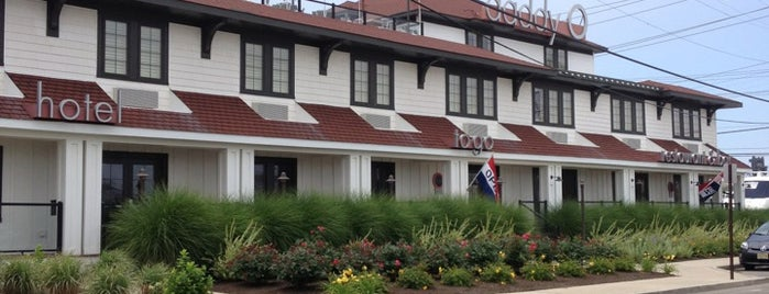 DaddyO Hotel Restaurant and Bar is one of Travel // LBI.