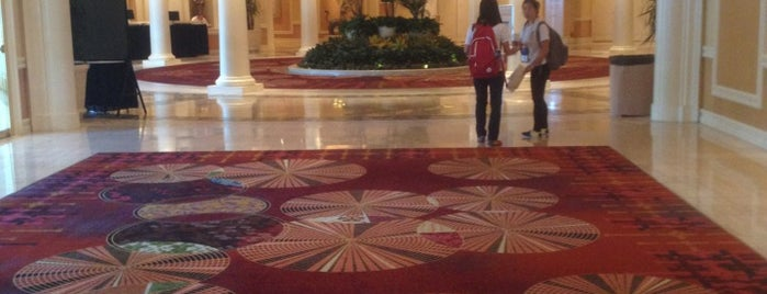 The Mirage Convention Center is one of Hoteles visitados.