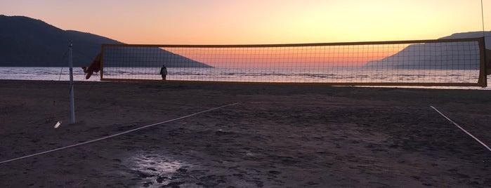 Kitesurf Beach is one of Orte, die Ozlem gefallen.