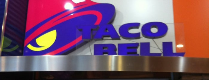 Taco Bell is one of Lugares favoritos de Jonathan.