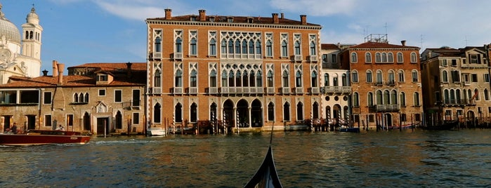 Centurion Palace Hotel Venice is one of Front Page Favorites.